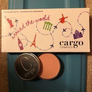 Cargo Makeup Set